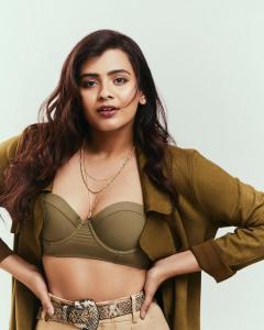 Hebba Patel Pictures