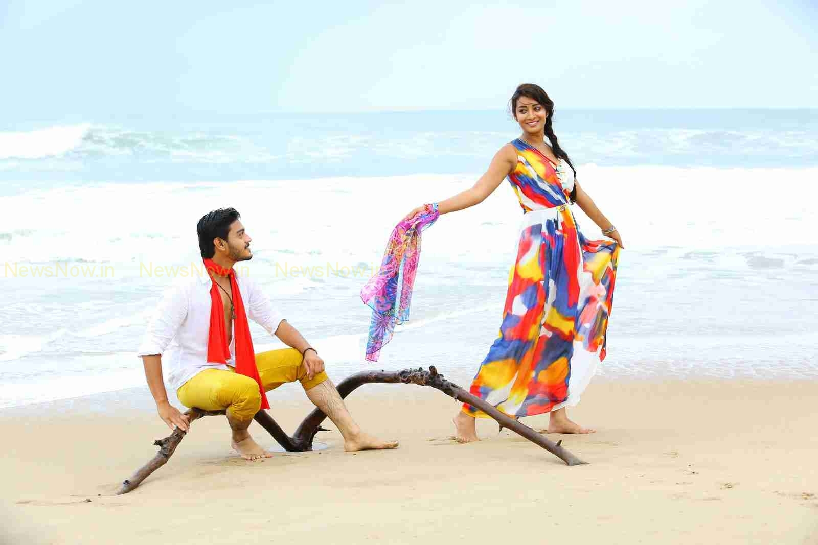 Iddarimadhya-18 Movie Stills