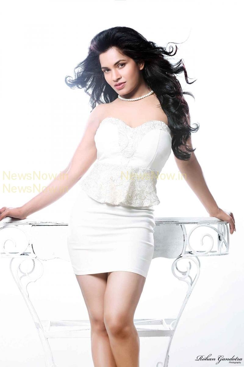 Revahi Chowdhary Hot Pics